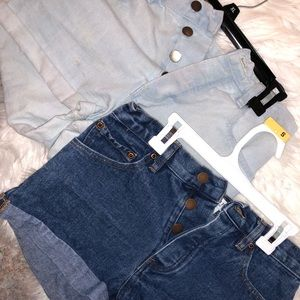 Bundle of 2 pairs of jean shorts